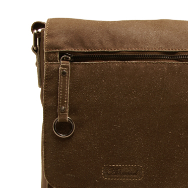 Ashwood – Antique Tan Camden Distressed Cow Vintage Leather Messenger Bag