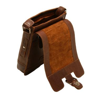 Ashwood – Small Tan Crumble Leather Kingston Messenger Flight Bag