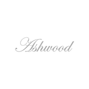 Ashwood – Black Wash Bag with Carrying Handle in Buffalo Smooth Leather