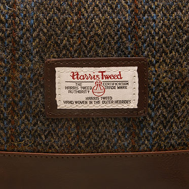 The British Bag Company – Carloway Harris Tweed Wash Bag in Gift Box