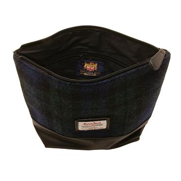 The British Bag Company – Bragar Blackwatch Harris Tweed Wash Bag in Gift Box
