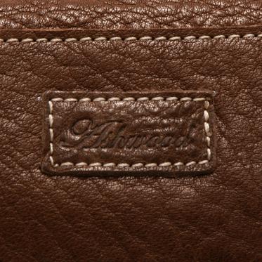 Ashwood – Brown Bank Messenger/Satchel Style Bag in Buff Grain Leather