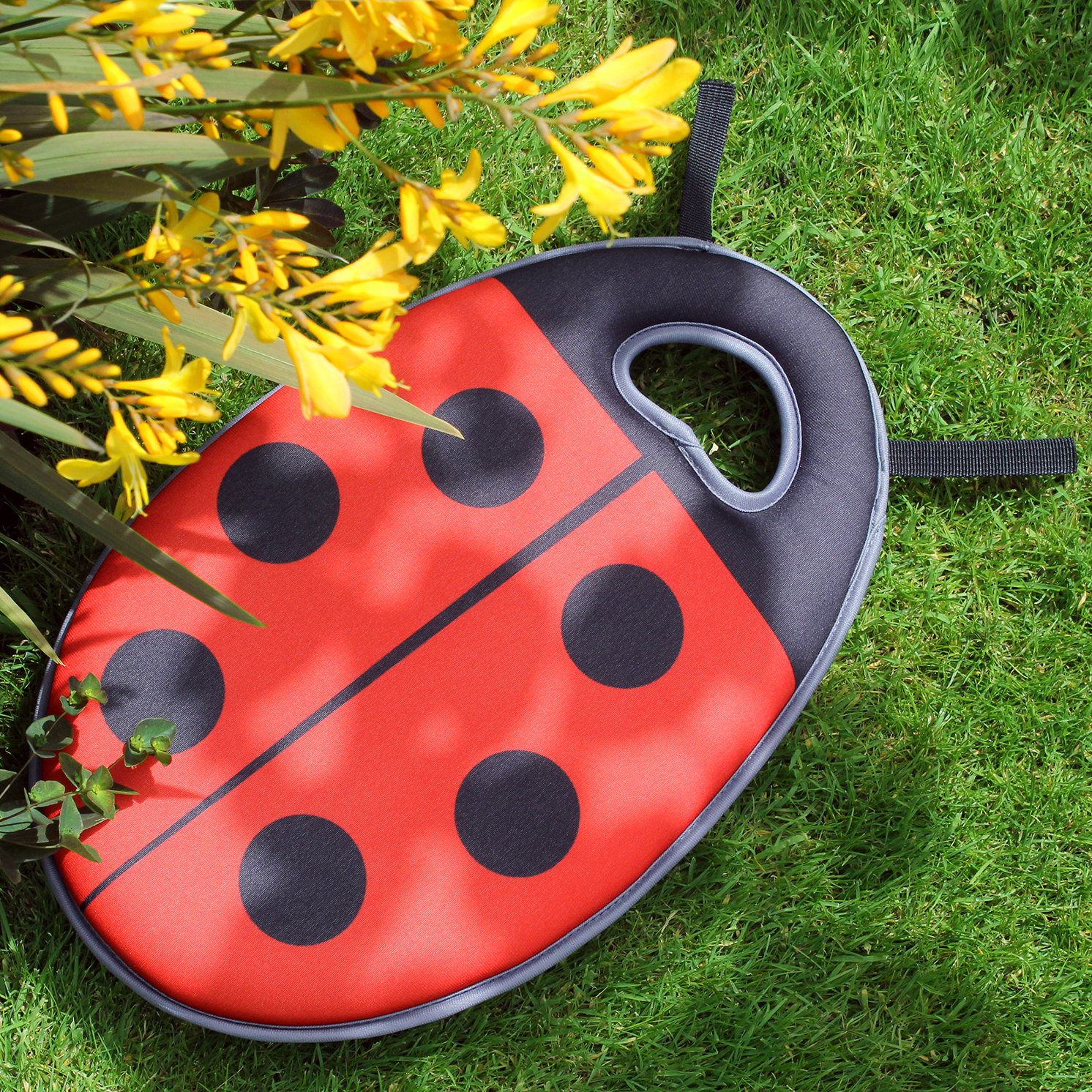 Burgon & Ball – Budding Gardeners Collection Hand Fork & Dotty Kneeler Set