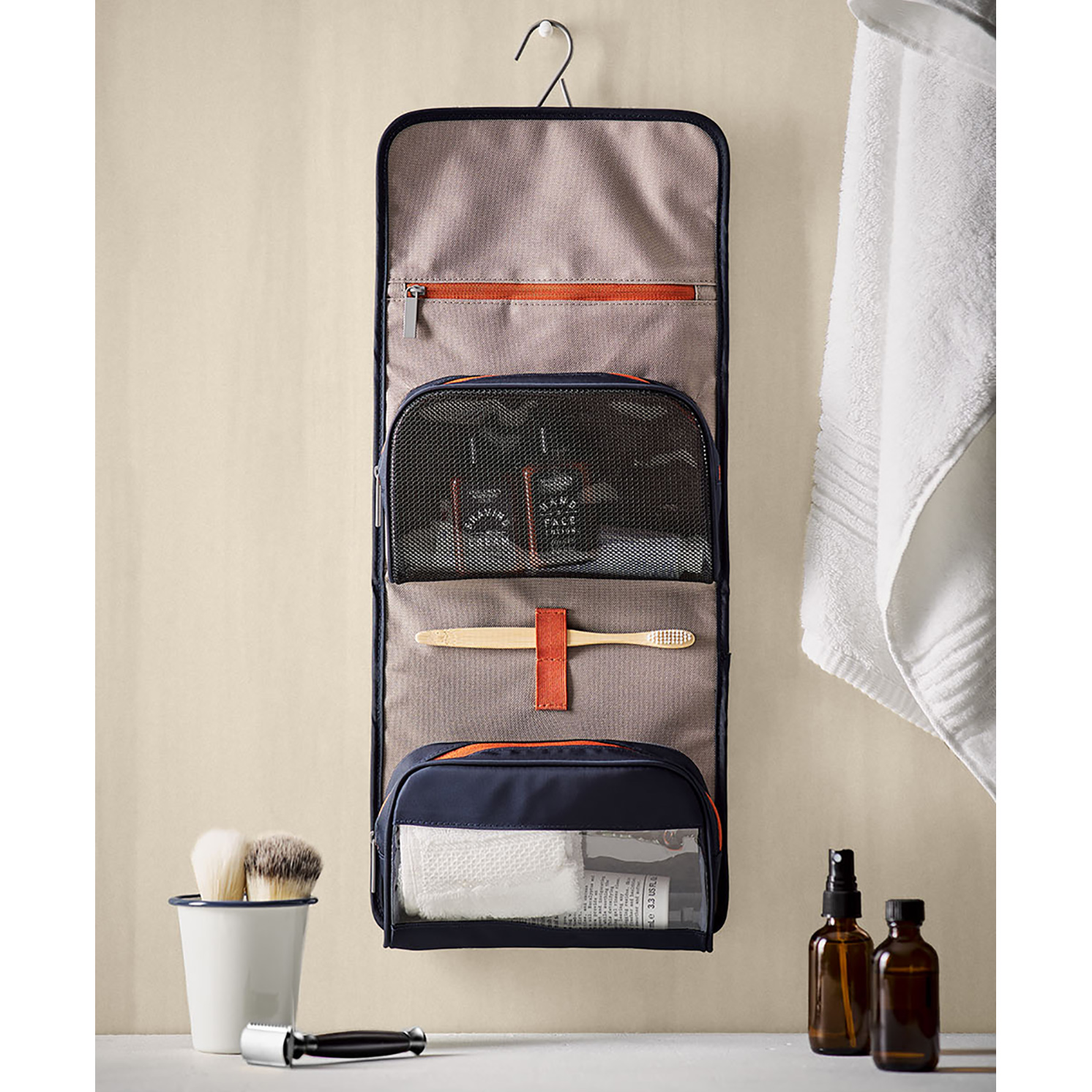 Gentlemen's Hardware – Blue Weekender Dopp Kit Roll Hanging Toiletry Bag