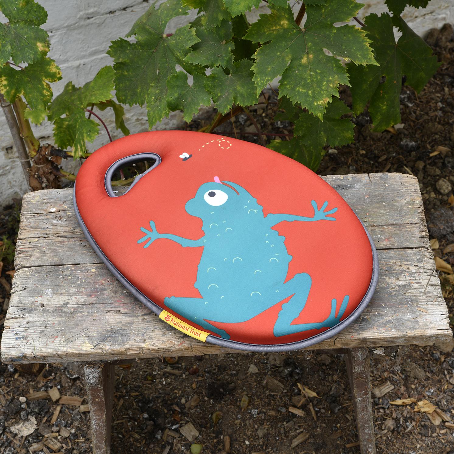Burgon & Ball – National Trust Children's Frog Garden Kneeler with Frog Gloves