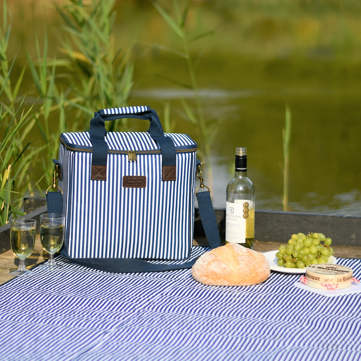 Navigate – Three Rivers Navy Stripe 20L Family Insulated Cool Bag