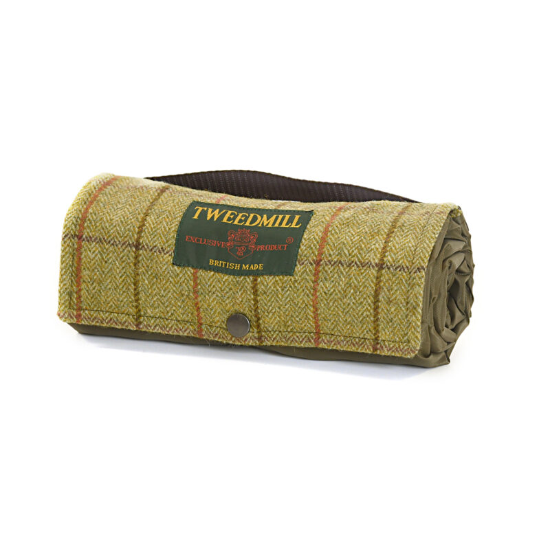Tweedmill – Brown Tweed Walker Companion Picnic Rug